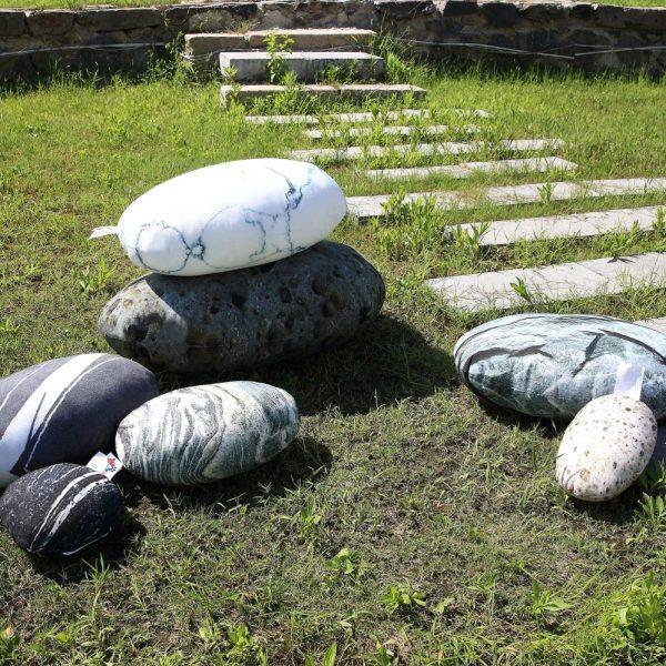 rock pillows 1 03